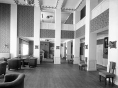 Entrance Hall, Helsinki, Mirror, Travel, Woman, Home Decor, Entryway, Viajes, Decoration Home