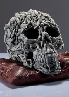 Matteo Pugliese - Memento A-mori, Bronzo Edition 7+3 38x34x26 - 2010