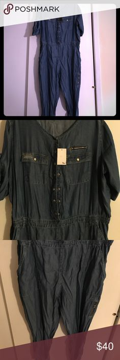 Simply Be denim Jumpsuit 24 Brand new Simply Be Jumpsuit. Beautiful but too big for me. No stretch Simply Be Pants Jumpsuits & Rompers