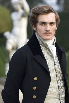 """Prince Albert in """"The Young Victoria"""" (Rupert Friend). Prince Albert is just awesome, anyway; he did England and the modern world a lot of good. {I know this isn't related to fashion, but I want to post it here. Victorian Mens Clothing, Victorian Mens Fashion, Victorian Era, Victorian Steampunk, Victorian Hair, Gothic Fashion, The Young Victoria, Rupert Friend, Reine Victoria"""