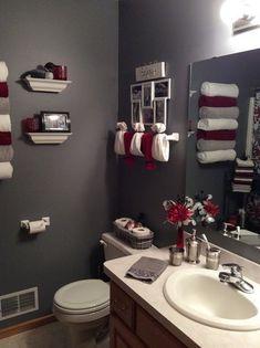 Colors for small bathroom, red bathroom decor, bathroom design small, bedro Red Bathroom Decor, Bathroom Design Small, Bathroom Colors, Modern Bathroom, Bathroom Wall, Minimalist Bathroom, Bathroom Towels, Bathroom Designs, Bedroom Decor