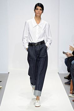 Women's Spring Summer 2016 Show Looks. Look 18 Cool Outfits, Casual Outfits, Non Plus Ultra, Denim Fashion, Womens Fashion, Margaret Howell, Fashion Stylist, Jeans Style, Women's Fashion Dresses
