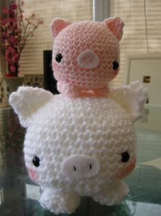 Amigurumi micropig pattern – repining because this is an excellent website with free patterns
