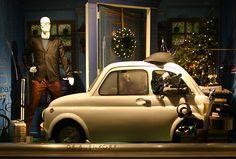 Christmas 2012 - De Bijenkorf Christmas Windows - Men Fashion, Christmas Decoration & Tree in a Fiat 500 Car!