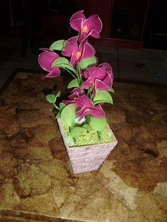 Paulinha Pereira: Flores de meia de seda lindos arranjos
