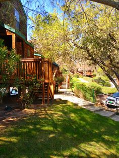 LakeNacimiento_LakeViewLodge_Exterior3