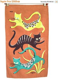 20% OFF SALE ETSYVERSARY Vintage Linen Tea Towel Mod by NeatoKeen Three Cool Cats, Vintage Linen, Vintage Cat, Cat Stands, Kitchen Linens, Mid Century Modern Design, Drawing Animals, Tea Towels, Crazy Cats