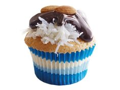 Almond Joy cupcakes from #FNMag