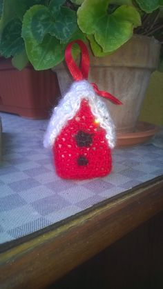 christmas tree birdhouse