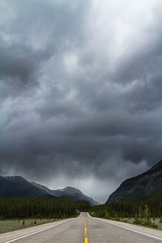 "A stormy afternoon at the Canadian Rockies in Jasper National Park, Alberta.  Hope you like!! have a great weekend!!  <a href=""vimeo.com/bunlee/"">Vimeo</a> 