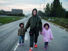 Was bringt eine Frau dazu, in einer Nacht-und-Nebel-Aktion ihr Zuhause und ihr Land zu verlassen und zum Flüchtling zu werden? Die schwangere Aysha aus Syrien, mit ihren beiden kleinen Kindern auf der Flucht – 2500 km nach Deutschland. Wir Netzfrauen … Weiterlesen →