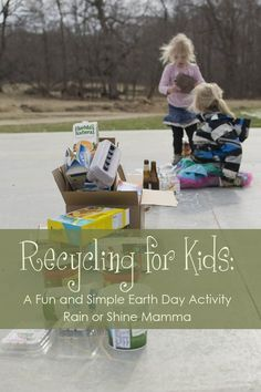 Recycling for Kids: Fun and Simple Earth Day Activity from Rain or Shine Mamma. Plus, lots of links to other Earth Day activities! Earth Day Activities, Outdoor Activities For Kids, Nature Activities, Spring Activities, Learning Activities, Preschool Activities, Recycling Games, Recycling For Kids, Diy For Kids
