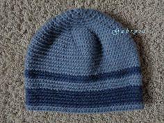 Chlapecká zimní háčkovaná čepice