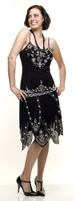 Chicas Fashion flapper dress | More Gatsby-inspired items here: http://mylusciouslife.com/shopping-inspired-by-the-great-gatsby/