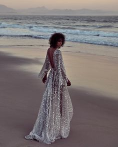 """4,755 Likes, 231 Comments - ONE DAY Wedding Dresses (@onedaybridal) on Instagram: """"• UNTAMED PARADISE • We are so excited to share this piece of magic we created today for…"""""""