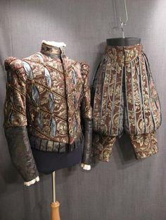 haute couture fashion Archives - Best Fashion Tips Mode Renaissance, Costume Renaissance, Elizabethan Costume, Medieval Costume, Renaissance Fashion, Renaissance Clothing, Medieval Gown, 16th Century Clothing, 16th Century Fashion