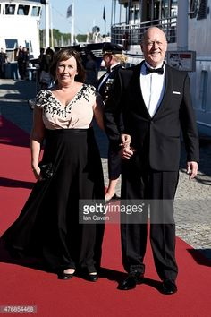 476854468-dinner-ahead-of-the-wedding-of-prince-carl-gettyimages.jpg (395×594)