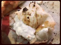 • puoi fare la dura ma hai il cuore tenero • #pizza #loveit #cuordiricotta #food #foodporn #foodlover #vicè #delizia #instagram #instagood #instafood #robyzl #serendipity #pic #picoftheday #ph #photo #photooftheday #tagsforlikes #like4like #tumblr #flik #social #jj #joy #tw #tweetgram #loveit
