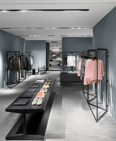 clothing store design Galleria Luxury Hall West Mens Store Designed by Burdifilek Modegeschäft Design, Design Food, Regal Design, Design Studio, Design Firms, House Design, Rack Design, Design Trends, Boutique Interior