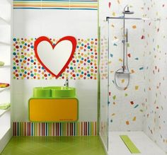 Contemporary Kids Bathroom with Custom Sink by Agatha Ruiz de la Prada for Vondom, Handheld showerhead, Kids bathroom