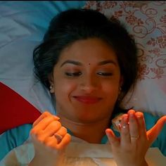Cute & Smiling Queen #Keerthy Suresh ❤️❤️11 Beautiful Indian Actress, Beautiful Actresses, Sai Pallavi Hd Images, Keerti Suresh, Frock Fashion, Attractive Girls, Homescreen, Indian Actresses, Beauty Skin