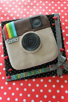 Ideas for birthday cake 14th Birthday Cakes, Birthday Cakes For Teens, Teen Birthday, 13th Birthday, Instagram Cake, Instagram Party, Fancy Cakes, Cute Cakes, Cake Cookies