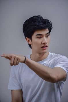 Dream Boy, Thai Drama, Fujoshi, Asian Men, Im In Love, Handsome Boys, Boyfriend Material, Aesthetic Pictures, Actors & Actresses