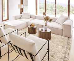 Haus Turn your living room into an oasis of wellbeing with the Lennon modular sofa in beige. New Living Room, Living Room Sofa, Home And Living, Living Room Furniture, Living Room Decor, Beige Couch, Modul Sofa, Sofas, Modern Home Interior Design