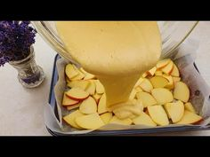 ALMÁS pite pudinggal! Gyors recept csak 1 almával! - YouTube Pear Recipes, Quick Recipes, Baking Recipes, Pie Dessert, Dessert Recipes, Dessert Cups, No Cook Desserts, Easy Desserts, Albanian Recipes