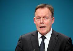 """Fraktionsvorsitzender Oppermann peilt """"30 Prozent plus X"""" für SPD bei Bundestagswahl an - http://www.statusquo-news.de/fraktionsvorsitzender-oppermann-peilt-30-prozent-plus-x-fuer-spd-bei-bundestagswahl-an/"""