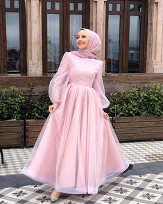 Hijab Prom Dress, Hijab Gown, Hijab Evening Dress, Muslim Dress, Hijab Outfit, Abaya Fashion, Muslim Fashion, Fashion Dresses, Estilo Abaya
