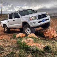Quick question guys, I think I'm about to make a purchase on some black steelies that come on the base model FJ Cruisers. Tacoma Wheels, Tacoma World, Expedition Vehicle, Fj Cruiser, Trucks, Vehicles, Truck, Rolling Stock, Vehicle