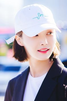 Love Me Forever, Korean Actresses, Idol, Baseball Hats, Face, Asian, Baseball Caps, Asian Cat, Caps Hats