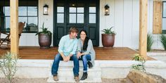 """These Are The 6 Things You'll Find In Every """"Fixer Upper"""" Kitchen - ELLEDecor.com"""
