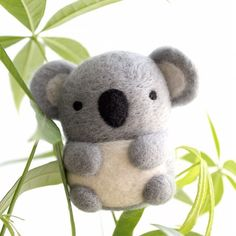 I was working on some koala orders this weekend and learned that September is #SaveTheKoalaMonth, a month to raise awareness about the need to protect these species in the wild and their disappearing habitat. Learn more @aust_koala_foundation. It also happens to be #NationalWildlifeDay! . . . #SaveTheKoala #Koala #stkm2016 #koalas #conservation #australiananimals #australianwildlife #endemicspecies #animallovers #protectwhatyoulove #marsupial #animalart #wildwhimsywoolies Koala Craft, Needle Felted Animals, Felt Animals, Wet Felting, Needle Felting, Felting Tutorials, Baby Koala, Felt Art, Felt Crafts