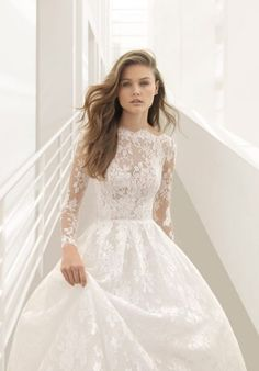 Featured Wedding Dress: Rosa Clará; www.rosaclara.es; Wedding dress idea. (Wedding Hair Styles)