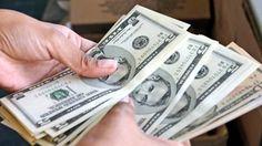 Avex: Exportadores deberían disponer de 100% de las divisas obtenidas Las empresas exportadoras deberían disponer de 100% de las divisas generadas, así lo aseguró el presidente de la Asociación Venezolana de Exportadores, (Avex), Ramón Goyo, luego de conocer que en Gaceta Oficial se restableció el convenio cambiario.  http://wp.me/p6HjOv-3gM ConstruyenPais.com