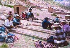 www.villsethnoatlas.wordpress.com (Ajmarowie, Aymara) Tejedoras aymaras