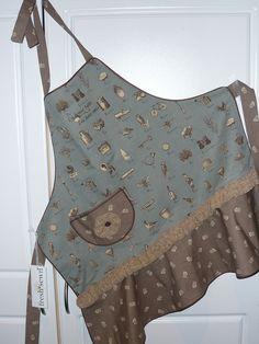 """""""French Lesson"""" apron, self styled; fully lined, featuring piped edges and fabric by designer French General for Moda"""