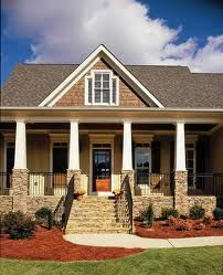 Modern craftsman by Azalea Park - Home Plans and House Plans by Frank Betz Associates Craftsman Porch, Modern Craftsman, Craftsman House Plans, Craftsman Style, Craftsman Columns, Craftsman Farmhouse, Craftsman Homes, Craftsman Bungalows, Colonial House Plans