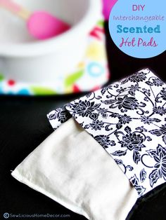 | DIY Interchangeable Scented Hot Pads | http://sewlicioushomedecor.com