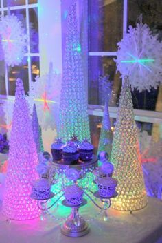 disney frozen birthday party ideas - Google Search Frozen Themed Birthday Party, 6th Birthday Parties, Neon Birthday, Birthday Ideas, Disney Frozen Party, Frozen Kids, Elsa Olaf, Elsa Anna, Party Entertainment