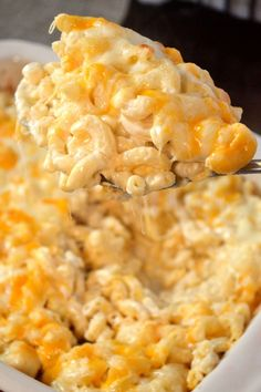 Baked Mac and Cheese – Coop Can Cook The Great Mac & Cheese Debate is serious! But, Coop's Baked Mac and Cheese recipe will meet everyone in the middle and please even the pickiest eaters! Macaroni Cheese Recipes, Bake Mac And Cheese, Creamy Mac And Cheese, Mac And Cheese Homemade, Baked Macaroni, Baked Cheese, Baked Mac And Cheese Recipe Soul Food, Mac And Cheese Casserole, Macaroni And Mozzarella Cheese Recipe