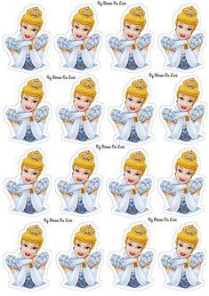 Disney Princess Crafts, Disney Princess Birthday, Cinderella Birthday, Cinderella Disney, Princess Theme, Cinderella Cupcakes, Minnie Mouse Decorations, Diy Photo Booth Props, Autograph Book Disney