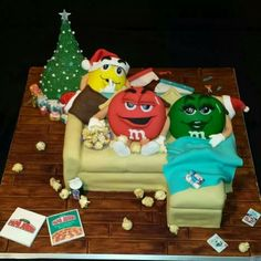 Cake Fondant Cakes, Cupcake Cakes, Cupcakes, M&m Characters, Melt In Your Mouth, Love Chocolate, Amazing Cakes, Gingerbread Cookies, Christmas Ornaments