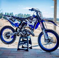 """Comment """"🔥"""" if you think this bike is fireeeee 😱💨📸 The post Comment """"🔥"""" if you think this bike is fireeeee 😱💨📸 appeared first on Trendy. Ktm Dirt Bikes, Cool Dirt Bikes, Mx Bikes, Dirt Bike Racing, Sport Bikes, Dt Yamaha, Yamaha Yz 125, Motocross Love, Street Bikes"""