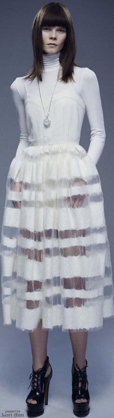 Jonathan Cohen Ready To Wear Fall Winter 2016 New York Live Fashion, Fashion Week, Runway Fashion, Fashion Show, Silk Charmeuse, Little White Dresses, Studio, Fashion Forward, Ready To Wear