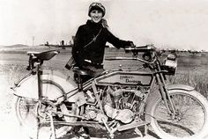 Woman with Harley Davidson in 1912