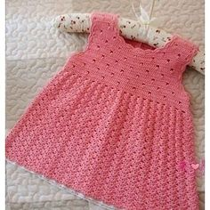 Beautiful Crochet Dress Pattern For Babies ⋆ Crochet Kingdom Beau Crochet, Crochet Baby Dress Pattern, Baby Dress Patterns, Baby Girl Crochet, Crochet Baby Clothes, Knit Crochet, Crochet Patterns, Free Crochet, Knitting For Kids