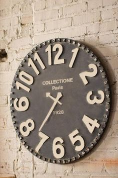 Reclaimed wood Wall Clock Large Wall Clock by RusticPelican Farmhouse Clocks, Rustic Wall Clocks, Rustic Farmhouse Decor, Rustic Walls, Wooden Walls, Rustic Decor, Mantel Clocks, Rustic Style, Farmhouse Style
